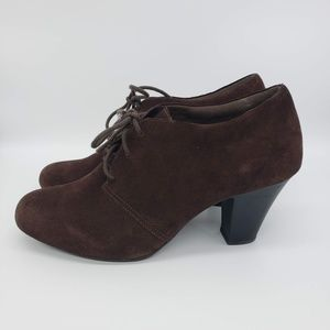 Clarks Bendables Size 11 Brown Leather Suede Heel